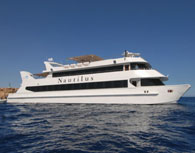 Cruise on the luxurious Catamaran 'Nautilus'